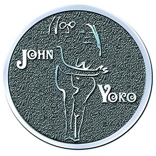 Preisvergleich Produktbild John Lennon Pin Badge: John & Yoko Embrace