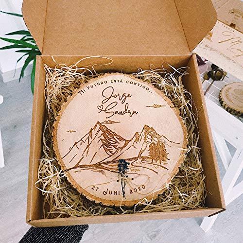 MONAMÍ - Porta alianzas MONTAÑA de madera personalizado con cordel para anudar los anillos. Tamaño a elegir: 14-18 y 18-22 cm (18-22)