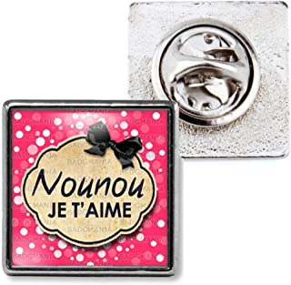 Idée Cadeau Pins Bouton Epinglette Pin's Nounou je t'aime Fond rose bulles
