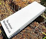 SHARPP Schleifstein-Meisterklasse mit Körnung 15000 zum Polieren, hergestellt von einem professionellen Schleifstein-Gummihalter aus weißem Korund