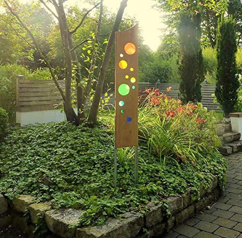 Gartenskulptur aus Holz und Glas. Gartendekoration als Unikate handgefertigt und wetterfest