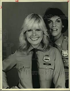 Historic Images - Press Photo Loretta Swit and Tyne Daly Star on Cagney and Lacey, TV Series.