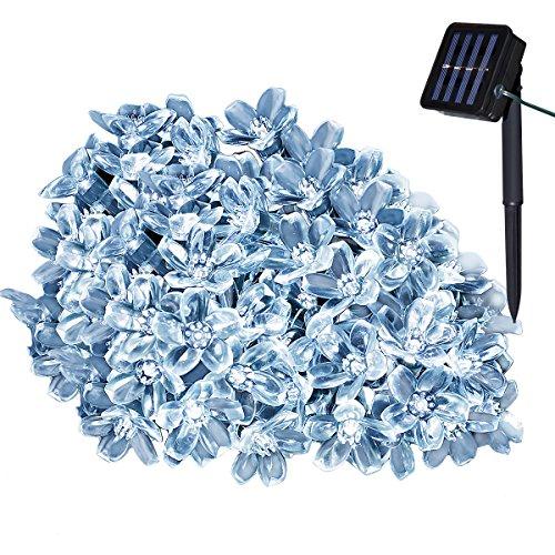Yasolote 7M Cadena de Luz Solar 8 Modos 50 LED Luces de Navidad Impermeable de Diseño de Flor para Árbol de Navidad, Patio, Jardín, Terraza y Exteriores e Interiores (Blanco)