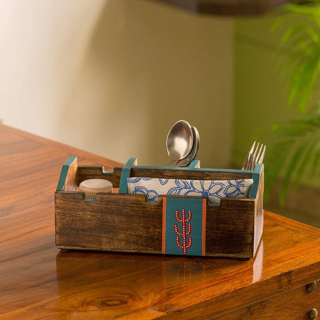 ExclusiveLane 'Oasis Omaha Mall Spaces' Hand-Painted Holder Cutlery in Price reduction Mang