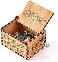 صندوق موسيقى خشبي ميكانيكي بتصميم كلاسيكي مربع الشكل ومنحوت يعمل يدويًا ويمكن اختياره كهدية تذكارية