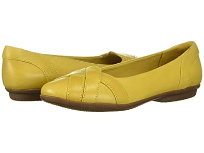 Clarks Gracelin Mia (Yellow Leather) Women