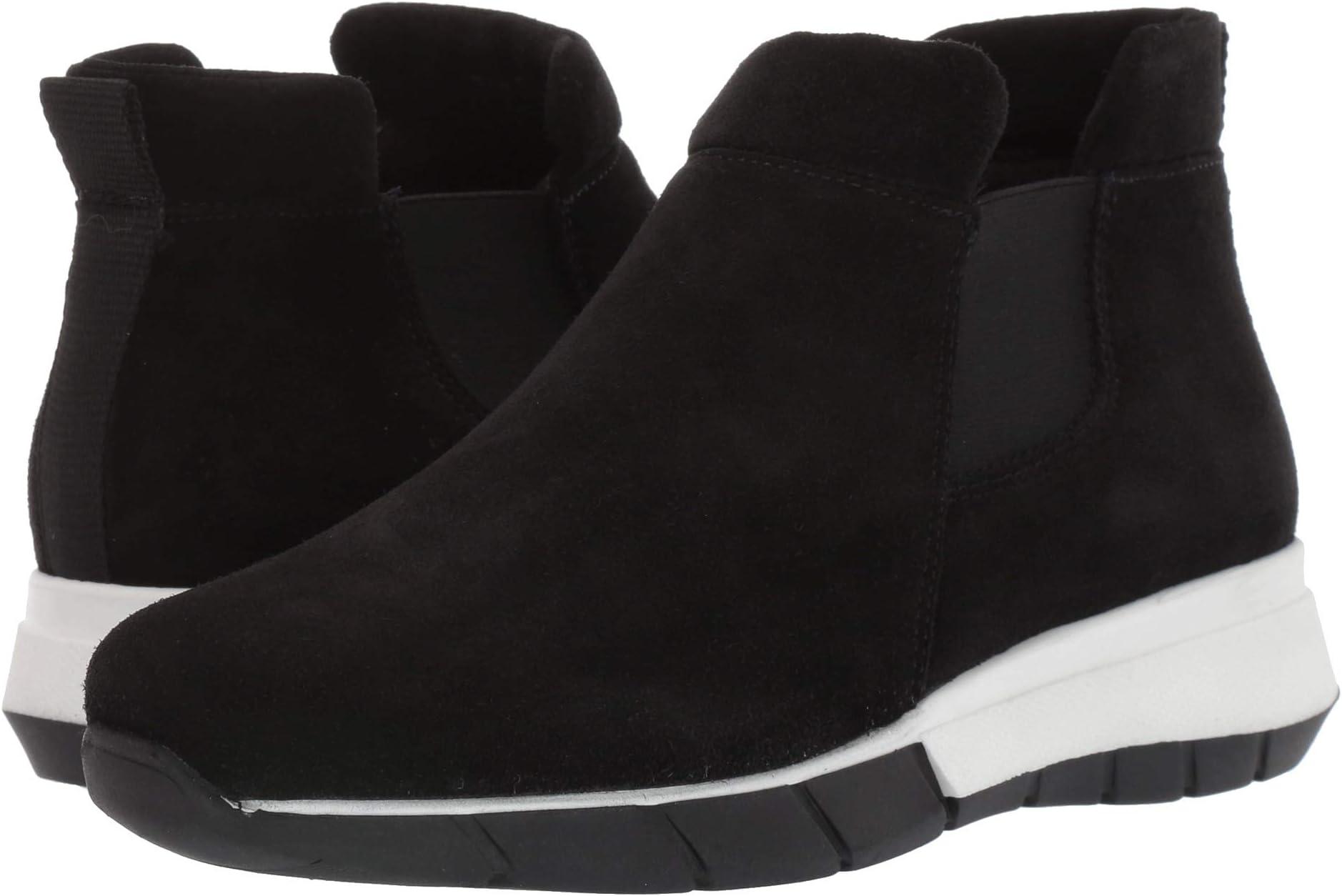 TC-1-Sneakers-2019-09-11