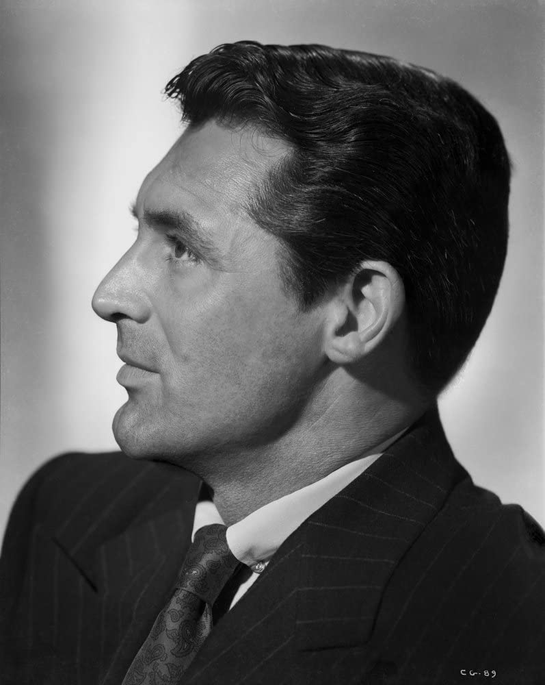 Cary Grant Side view Pose in Suit and Printed Silk Necktie Photo Print (8 x 10)