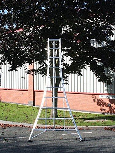 Hendon Standard Tripod Ladder GMF240, 2.4m (7.9ft), 8 Tread, Aluminium Lightweight Frame, 1 x Adjustable Leg, Tested to EN131