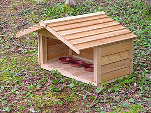 CozyCatFurniture Small Outdoor Feeding Station for Pets or Feral Cats with Extended Roof, Cedar Construction, Protection for 2-3 Food Dishes
