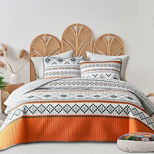 FlySheep 3-Piece Lightweight Geometric Boho Queen Quilt Set, Bohemian Tribal Orange Summer Bedspread/Coverlet, Brushed Microfiber for All Season - 92