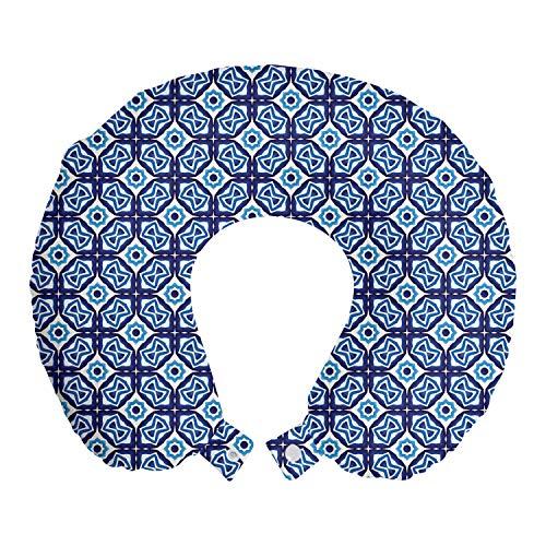 ABAKUHAUS Geométrico Cojín de Viaje para Soporte de Cuello, Oriental Motivos cerámicos, de Espuma con Memoria Respirable y Cómoda, 30x30 cm, Blanco y Azul de la Marina de Guerra