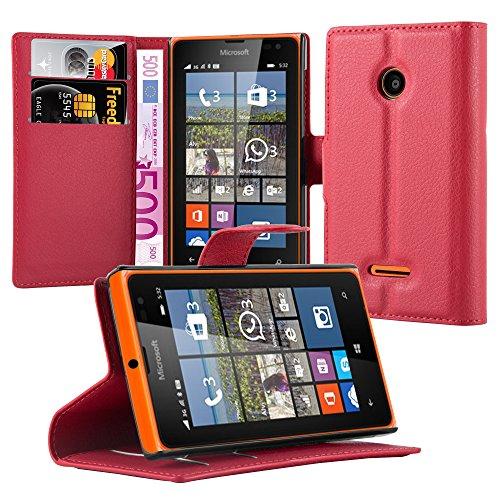 Cadorabo Hülle für Nokia Lumia 532 - Hülle in Karmin ROT – Handyhülle mit Kartenfach & Standfunktion - Case Cover Schutzhülle Etui Tasche Book Klapp Style