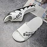 ShSnnwrl Zapatillas para Hombre al Aire Libre de Lujo Zapatos para el hogar Toboganes Masculinos Pisos Antideslizantes Calzado de baño Interior sólido toboganes 40-41 (Fits39-40) Blanco