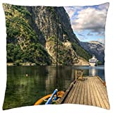 Crucero en un precioso fiordo en Noruega - Funda de cojín (18