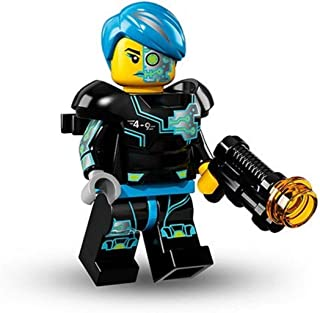 LEGO Series 16 Collectible Minifigures - Cyborg Female (71013)
