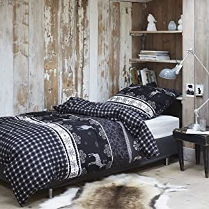 alpenlook wohnen h ttenflair in der wohnung. Black Bedroom Furniture Sets. Home Design Ideas