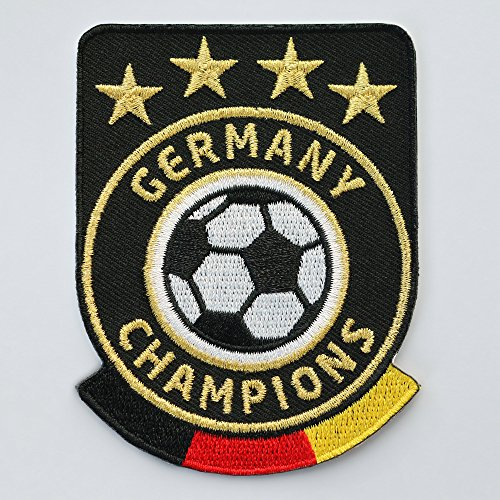 2 x Fussball Abzeichen gestickt 86 x 65 mm weiss / Germany Champions Gold Stickerei / Aufbügler Aufnäher Sticker Patch / Deutschland Fußball National Team Dress Trikot Flagge Fan Mannschaft Meister