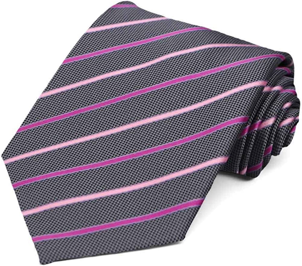 TieMart Special Purchase Tie and Pocket Square Set in Fourmile