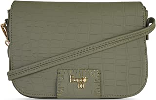 Baggit Autumn/Winter 2020 Faux Leather Women's Saddle Handbag (Green) (Attune)