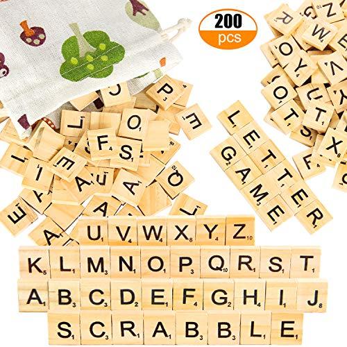 Pinowu Holz Alphabet Fliesen Buchstaben (200 Stück) mit Stoff-Geschenktüte für Brettspiele Hochzeit Rahmen Wandkunst Ersatz Handwerk Schmuck Scrapbooking