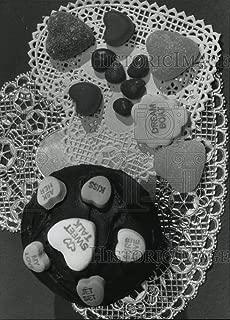 Vintage Photos 1993 Press Photo Conversation Hearts mad Stark Candy Company - mja70384