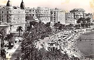 Cote D'Azur, La Plage la croisette et les palaces Cannes France Postcard