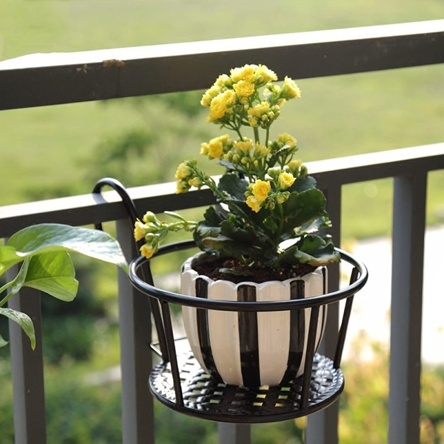 MBD Vintage Balcony Flower Stand, Flower Pot Rack Iron Fence Parapets Windowsill Hanging Flowerpot Railing Hanging Green Plant Bonsai