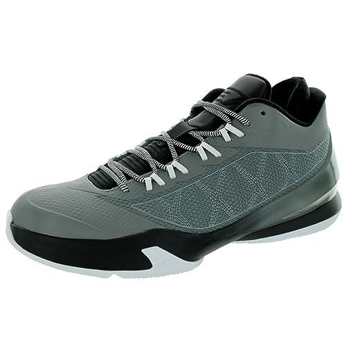 free shipping a5169 82a6b Latest Jordan Sneakers: Amazon.com
