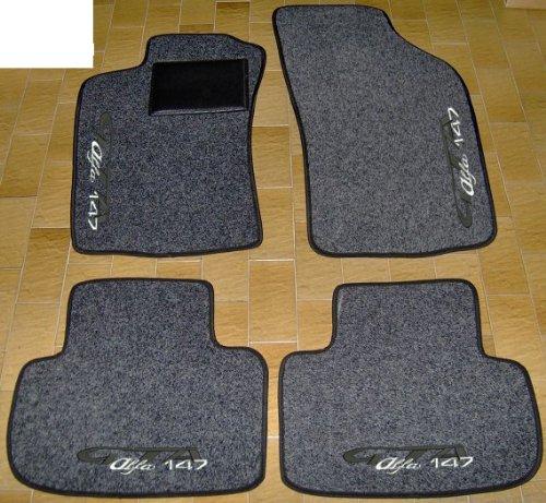 Lot complet de tapis de voiture en moquette sur mesure avec bord noir, avec bordure noire.
