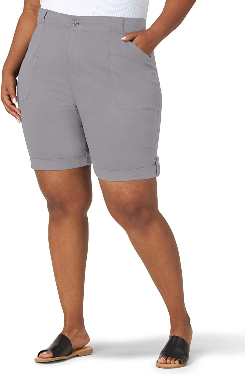 Lee Women's Plus Size Flex-to-go Relaxed Fit Utility Bermuda Short