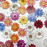 ZDYS - Botones decorativos de madera con diseño de margaritas de flores, 50 unidades, colores variados, para manualidades y accesorios de costura