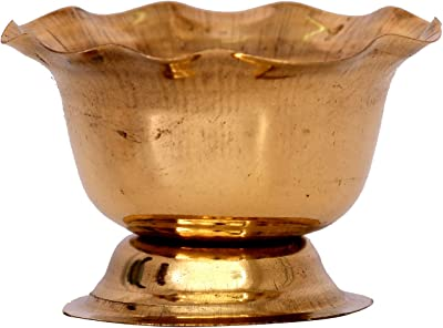 Vishisht Copper Brass Flower Plated Haldi Kumkum Holder (Weight : 18 GMS, L : 5 cm, W : 5 cm, H : 5 cm)