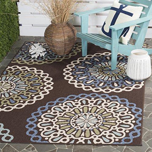 "Safavieh Veranda Collection VER092-0625 Indoor/ Outdoor Chocolate and Blue Contemporary Area Rug (4' x 5'7"")"