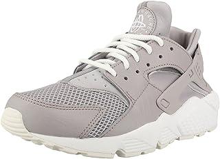 080d3bb6ca16 Amazon.com  Women s Nike Air Huarache Run SE Shoe (9.5 B(M) US) - 3 ...