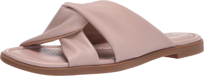 Clarks Women's New product Miami Mall type Reyna Sandal Flat Twist