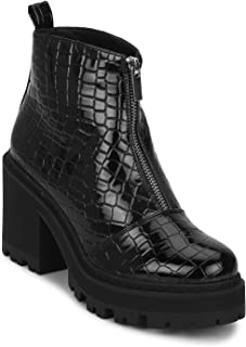 TRUFFLE COLLECTION Women's FUZZY7 Black Patent Boots