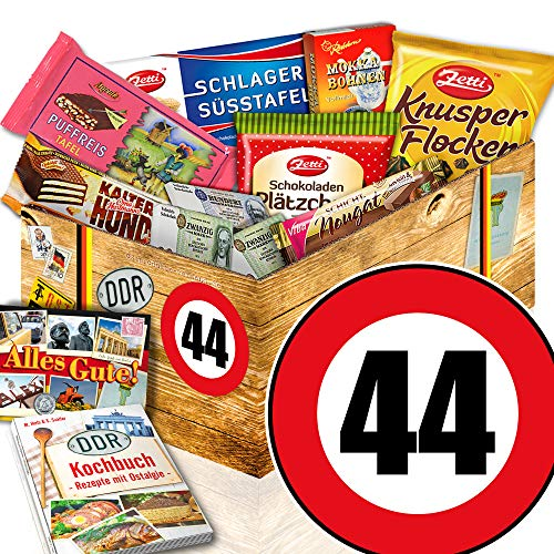 Geschenk 44. Geburtstag / DDR Waren Schoko / 44 - Geburtstag Geschenke Frauen