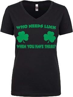 تيشيرت Cybertela برقبة على شكل حرف V مناسب للنساء مكتوب عليه Who Need Luck When You Have These Clovers