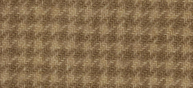 Weeks Dye Works Wool Fat Quarter Houndstooth Fabric, 16  by 26 , Oak