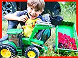 Tractors For Kids Harvest Wild Berries With Axel and Daddy