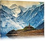 Einsamer Tempel an verschneiten Bergen in Tibet Format: