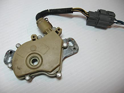 BMW E39 525i 325i ZF 5HP-19 XYZ Transmission Neutral Safety Switch 24107507818