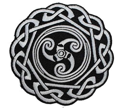 C&D Visionary Application Round Celtic Knot Patch