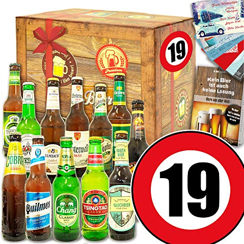 19. Geburtstag Geschenk - 12er Bierbox Welt und DE - Geschenk zum 19 Geburtstag