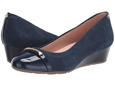 Taryn Rose Pearl (Midnight Suede/Patent) Women