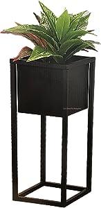 Pot de fleurs en métal noir carré sur un support pour plantes d'intérieur, Noir , 70cm