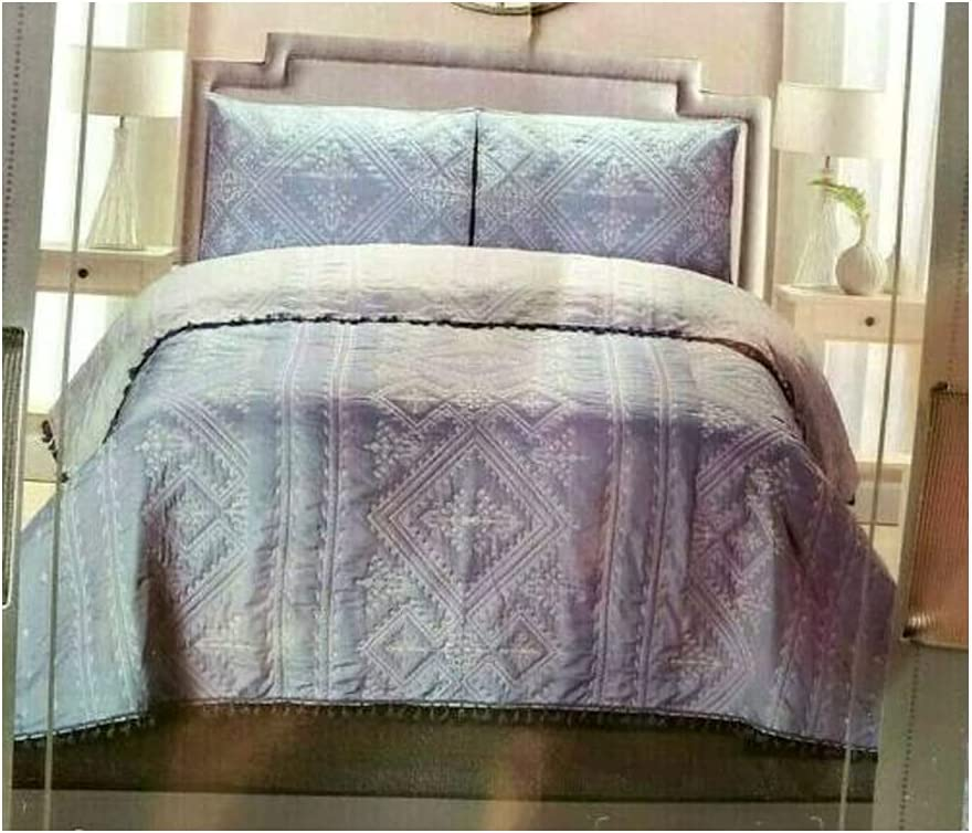 Light Blue Prairie Farm Homestead 5 ☆ popular 3 Piece Comforte Blanket Cheap mail order sales Quilt