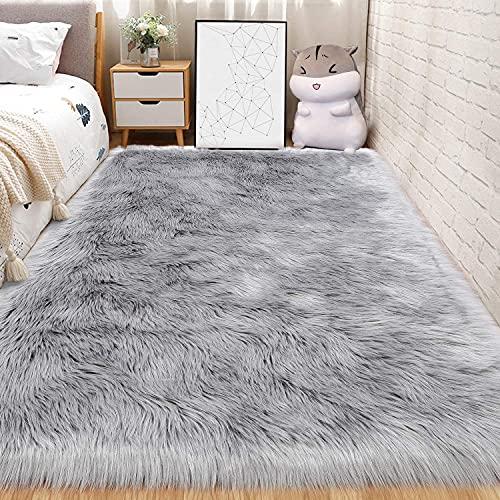 DAOXU Faux Lammfell Schaffell Teppich Kunstfell Dekofell Flauschig weich fellteppich Teppich Longhair Fell Optik Nachahmung Wolle Bettvorleger Sofa Matte (Grau, 50 x 150 cm)