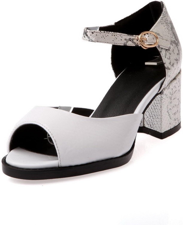 AmoonyFashion Women's Patent Leather Buckle Peep Toe Kitten Heels Solid Sandals